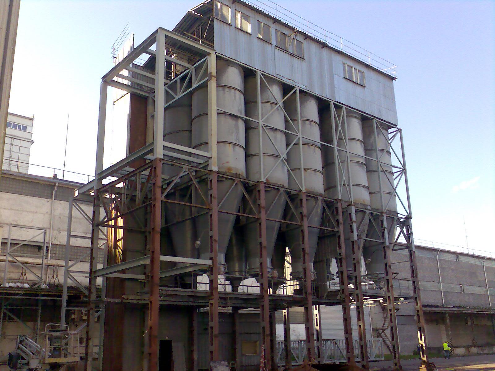 Flour silos renovation Rīgas dzirnavnieks