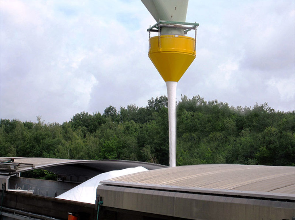 Dust Suppression Hopper
